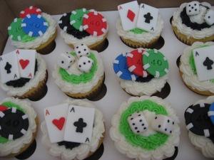 poker cupcakes 012